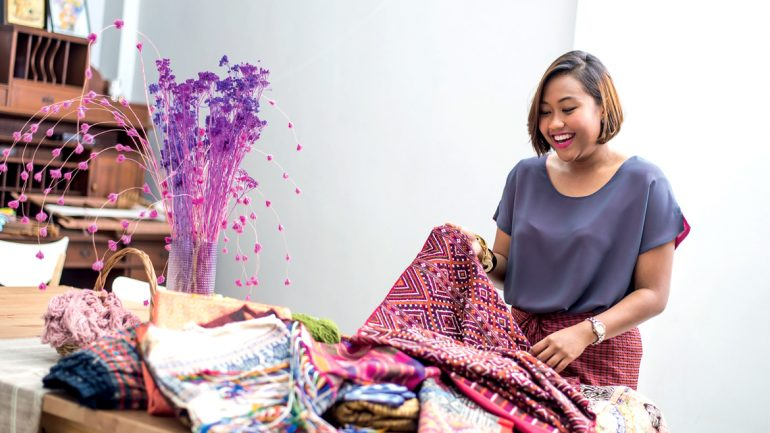 PHRAEVA Presents…งานผ้าและคุณค่าในแบบฉบับของแพรวา