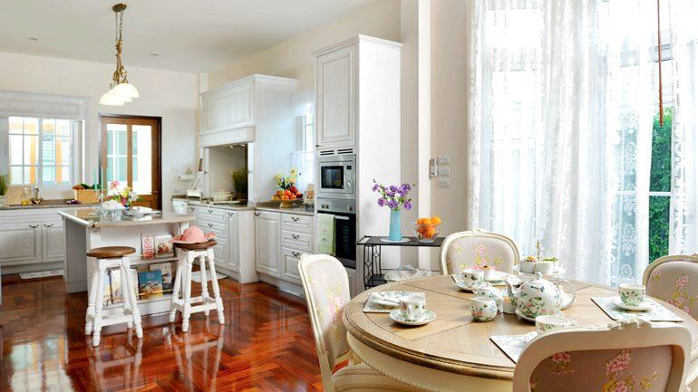 รวมแบบ 8 ห้องครัวเปิดสวยๆ เชื่อมต่อส่วนอื่นๆ ภายในบ้าน