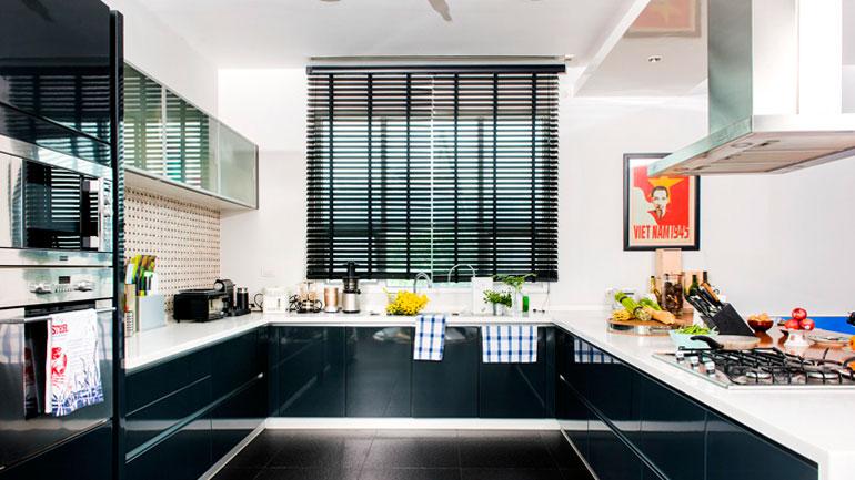 บ้านนี้มีทั้งครัวไทยและครัวฝรั่ง เห็นแล้วอยากวาร์ปไปทำอาหาร
