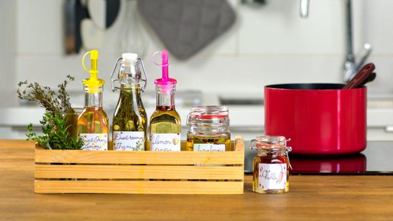 ปิ๊งไอเดีย! แต่งกลิ่น เพิ่มรส เติมสีสันในครัวด้วยน้ำมันมะกอก