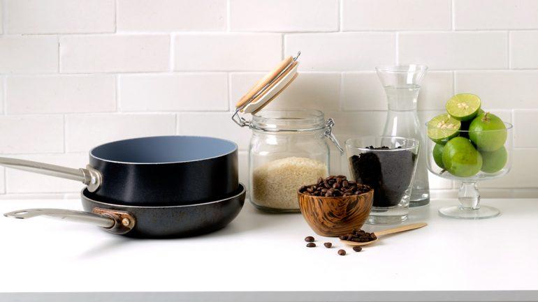 4 สุดยอดวัตถุดิบที่ช่วยดูแลของในครัวให้ใหม่กิ๊ก