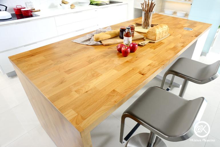 โต๊ะกินข้าว, โต๊ะไม้