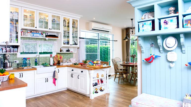 สองครัวสวยสไตล์อิงลิชคันทรี+วินเทจ ในบ้านเดี่ยว เห็นแล้วต้องร้องว้าว