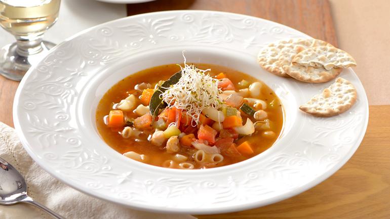 Minestrone ซุปผักแบบอิตาเลี่ยนสำหรับคนรักการทานผัก
