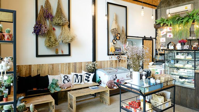 Have a Seat Design&Cafe คาเฟ่น่ารักกับของแต่งบ้านแสนเท่ ย่านคลอง 3