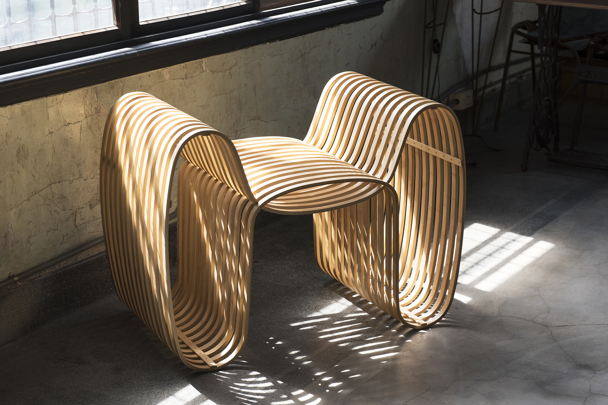 bow tie chair