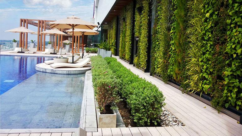 ชวนไปรู้จัก Green Wall นวัตกรรมสวนแนวตั้งสุดเจ๋ง