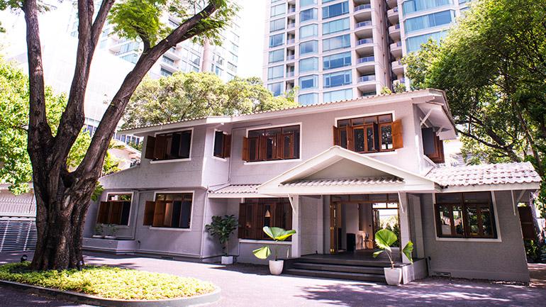 เปิดบ้าน Republic of fritz Hansen โชว์รูมเฟอร์นิเจอร์หรูในบ้านทรงไทยสุดคลาสสิก