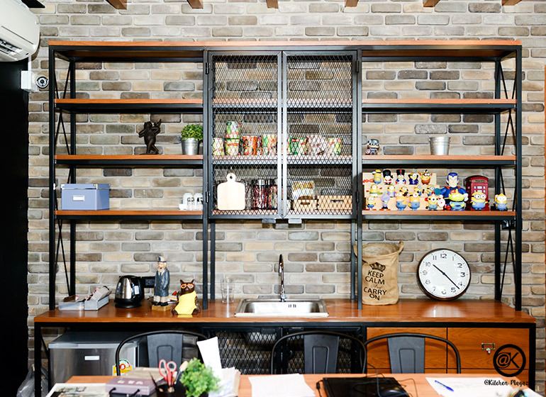shelf-001