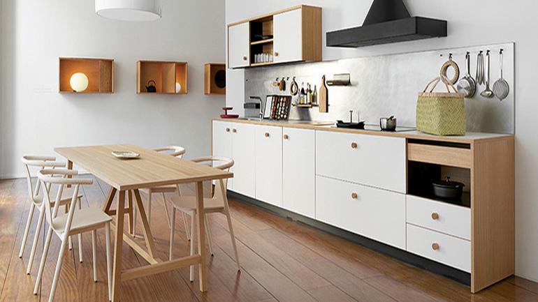 ชุดครัวเรียบเท่มากด้วยรายละเอียด ของนักออกแบบดัง Jasper Morrison