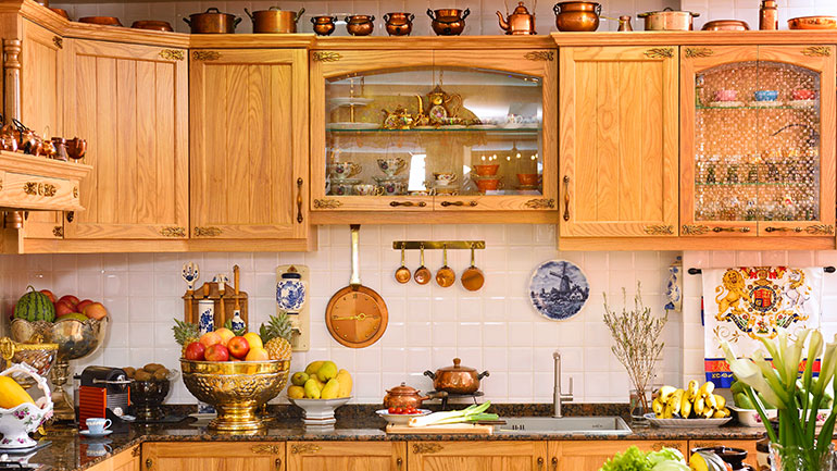 ตัวอย่างครัวไม้ดีไซน์คลาสสิค สวยจนใครก็ไม่กล้าปฏิเสธ
