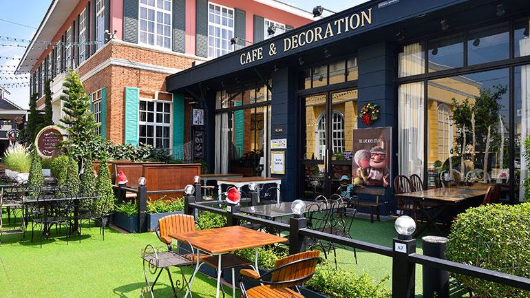 Zodiac Cafe & Home Decoration คาเฟ่สุดชิคจะถ่ายรูปมุมไหนก็สวยบนถนนราชพฤกษ์