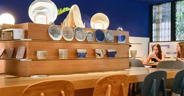 A Clay Cafe คาเฟ่เฟรนด์ลี่ของคนรักเซรามิกใจกลางสาทร
