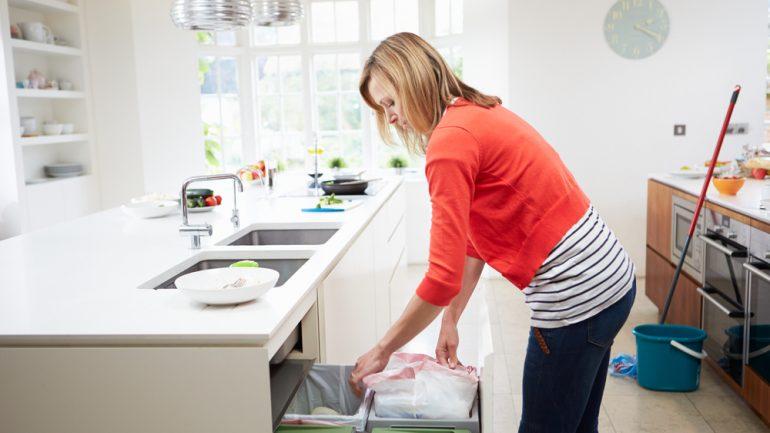 5 วิธีง่ายๆ จัดการกับกลิ่นในห้องครัวแบบโฮมเมด