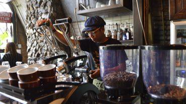 ชวนไป Pompano Roasted Cafe คาเฟ่ลึกลับในโครงการ The Camp