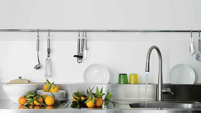 เปลี่ยนมุมล้างจานให้สะอาดใสปิ๊ง
