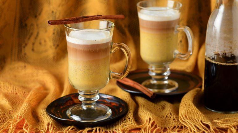 วิธีทำกาแฟลาเต้ได้รสหวานจากฟักทอง ไม่ยากแถมอร่อยว้าว!