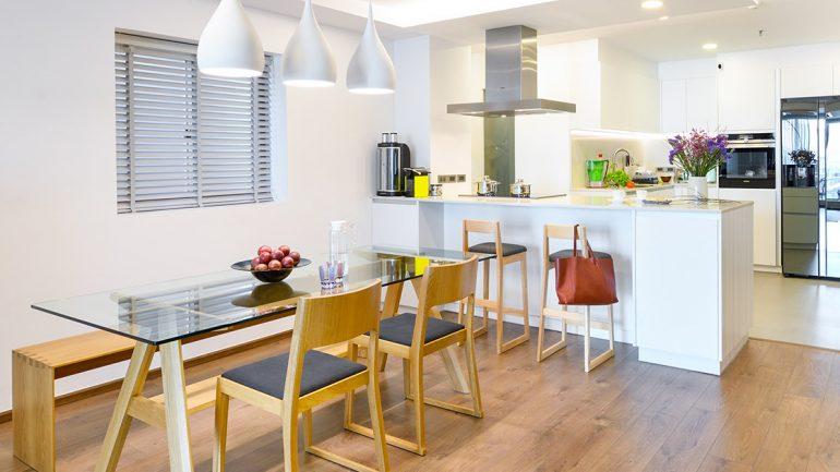 แบบห้องครัวสีขาวในคอนโด เรียบง่าย แต่งตามได้สบาย