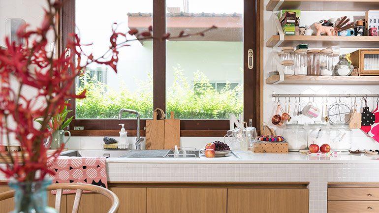รวม 4 ข้อควรรู้ก่อนติดตั้งหน้าต่างในครัว
